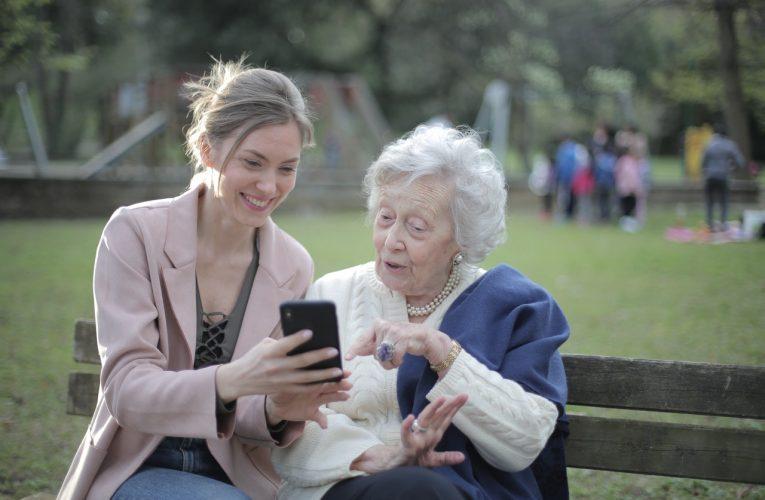 Alzheimer: Entenda os sintomas e como a doença se manifesta